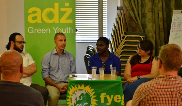 The #YouthOnMigration campaigning and advocacy training seminar in Malta included lectures and workshops led by actors from civil society and academia. It also included two panel debates, in which this series of articles tackled in the previous parts. The second part was a discussion on inclusion and integration in Malta. Panelists included Maltese politician/writer Robert Callus, journalist/activist Mark Micallef from the Migrant Report, ADZ Green Youth secretary-general Anna Azzopardi, and Daboma Jack, a black Hungarian citizen who had been at the center of media reports in the summer for being a victim of racism in the country.