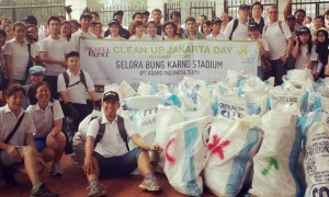 Clean-Up-Jakarta-Day-2013-585x352