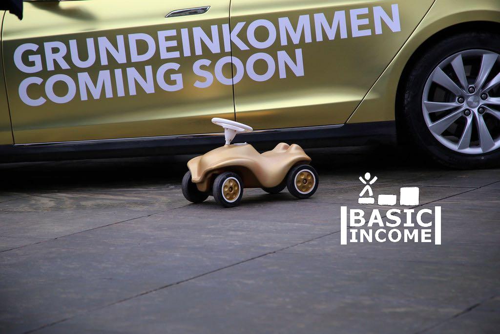 Grundeinkommen coming soon.